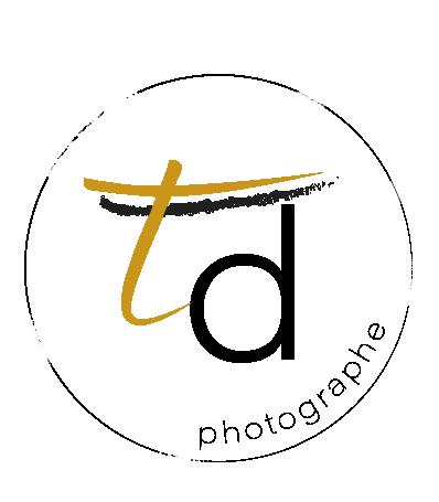 Logo Tiphaine Delauzun Photographe